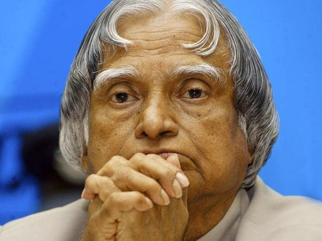 Former president and Bharat Ratna APJ Abdul Kalam . The Thiruvananthapuram circle of BSNL sent a revenue recovery notice to the late president for 'outstanding telephone bill' in November, 2015.