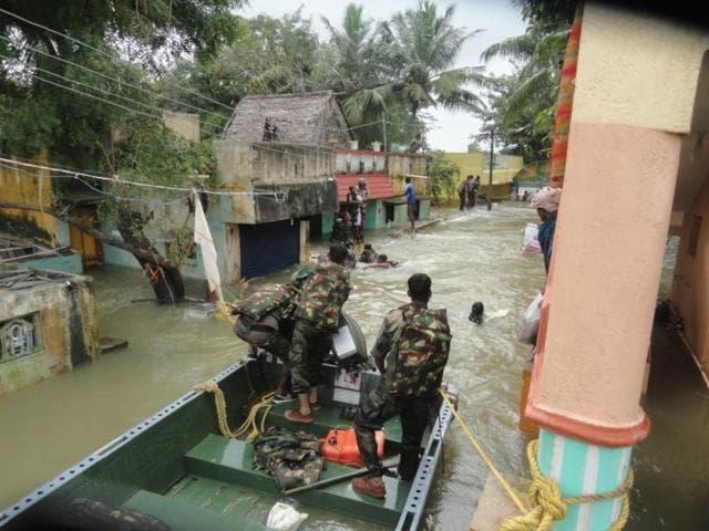 Chennai floods,Relief camp,Vagabond Gypsies