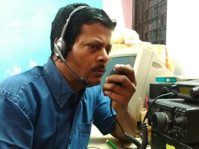 HAM radio operator Ambarish Nag Biswas of Sodepur on the outskirts of Kolkata became a vital lifeline for many people keen to know about family members held incommunicado in Chennai.(HT Photo)