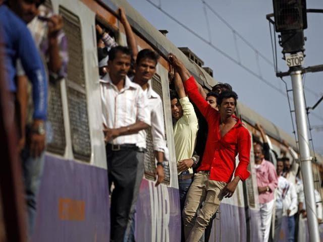 Mumbai,Trains,Accidents