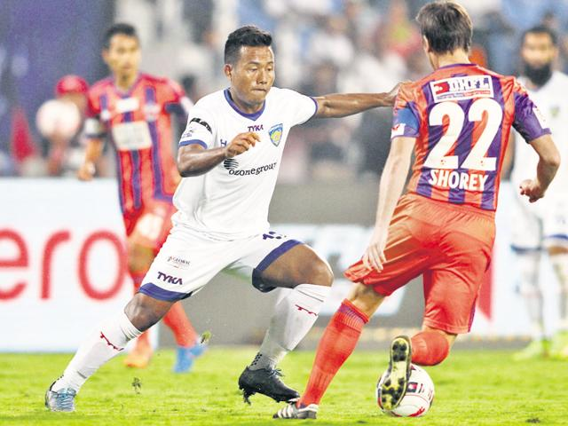 Jeje Lalpekhlua scored his fifth goal of the season to put Chennaiyin in the semifinals.