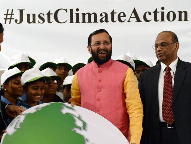 The environment minister, Prakash Javadekar said on Sunday that India would ensure that there would be a difference between what rich developed countries paid back and what developing nations paid.