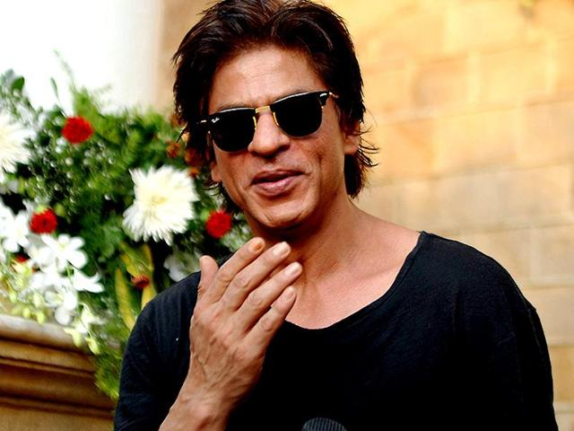 Shah Rukh Khan has contributed Rs 1 crore to the Chief Minister's Relief Fund.