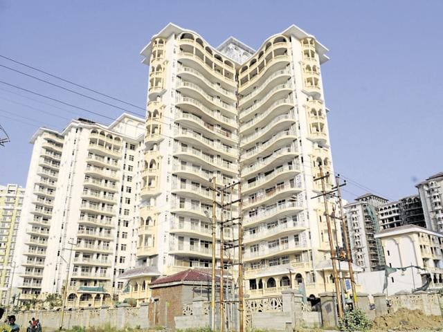 A highrise tower near Noida Expressway, in Noida, India.   Homebuyers are still waiting for demand for homes to pick up in the area