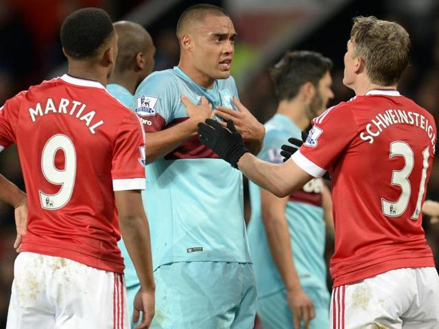 Bastian Schweinsteiger,Manchester United,FA