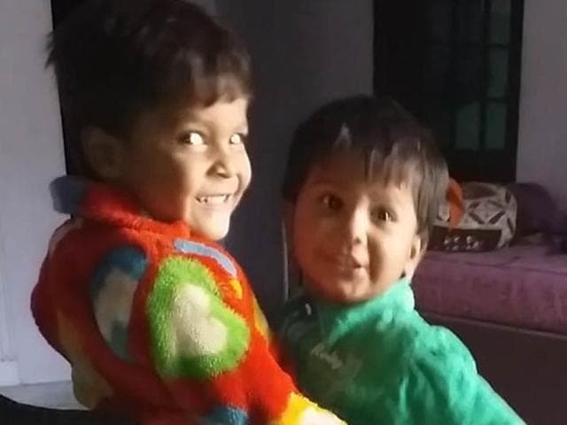 The deceased were identified as Aditya (4) and his younger brother Anshu (3).