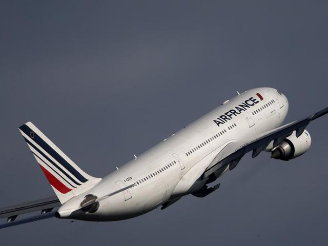 File photo of Air France Airbus A320 aircraft. An Air France flight from San Francisco to Paris has been diverted to Montreal after an unspecified anonymous threat, and all passengers have landed and disembarked safely.