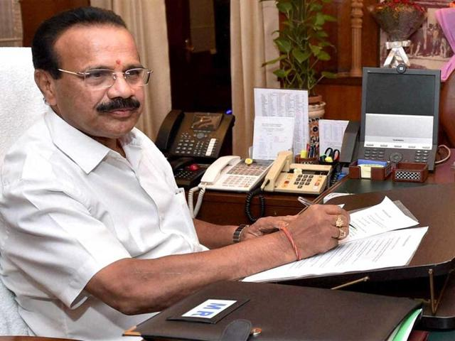 File photo of law minister Sadananda Gowda, in his office. The law ministry found itself unprepared to push the arbitration and conciliation bill, forcing changes in the schedule of business in the Lower House.