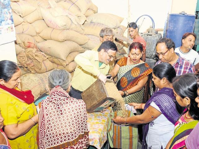 Public distribution system,fake ration cards,Food Security Act