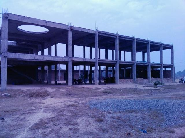 The dream project of Adarsh schools of the SAD-BJP government launched in 2011 to provide quality education in rural areas of the district seems to have been abandoned midway, leaving students in the lurch.