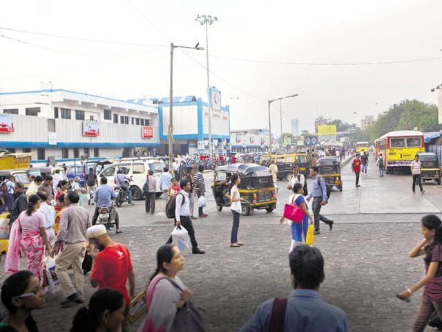 Borivli, which used to be a tiny village between Poisar and Dahisar rivers, has now become one of the most congested areas in north Mumbai.