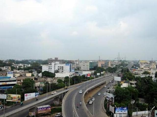 Punjab Government on Friday decided upon the consultants who would give final shape to the proposals for developing Amritsar, Ludhiana and Jalandhar as Smart cities.
