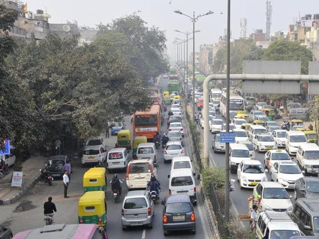 File photo of roads in Delhi  choked with smog after Diwali celebrations, in New Delhi. The National Green Tribunal, on Friday, December 11, 2015, questioned the odd-even formula of the Delhi government, saying it could lead to people buying two cars.