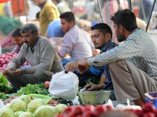 Despite ban, use of polythene bags goes unchecked in Chandigarh.