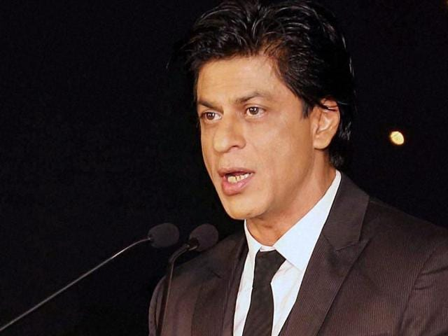 Shah Rukh Khan speaks at IIMBUE 2015 – IIMB Alumni Leadership Summit in Bengaluru.