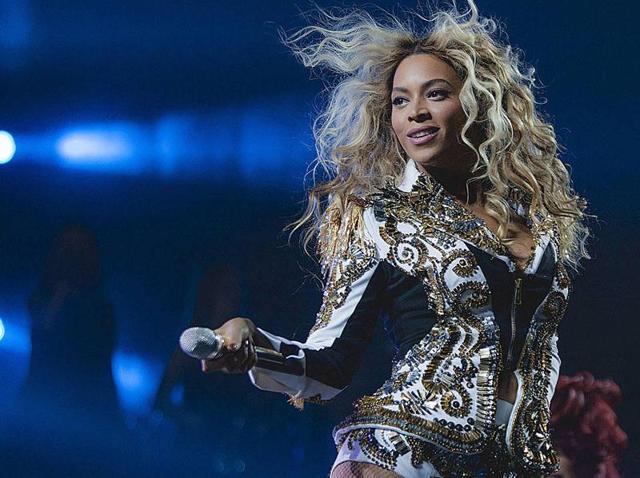 Singer Beyoncé performs onstage at a concert.