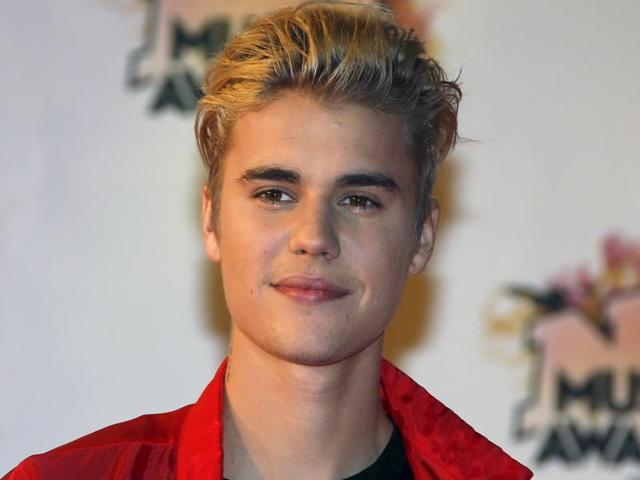 British model Laura Carter has revealed that the Canadian singer picked her up from London's Tape club where she was with her friends a week ago and took her to a upscale hotel. In this file photo, Justin Bieber arrives for the NRJ Music Awards ceremony at the Festival Palace in Cannes, France, November 7, 2015.