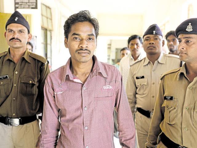 Chhattisgarh journalists,Maoist activities in Chhattisgarh,Santosh Yadav