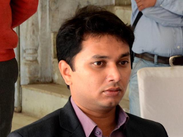 Tejasvi Naik,Bhopal municipal commissioner,Bhopal