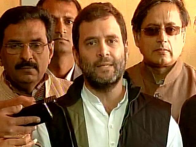 Rahul Gandhi,PM's Kerala visit,Oommen Chandy