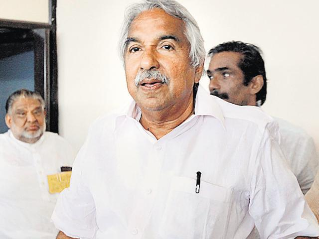 A file photo of Kerala CM Oommen Chandy. SDNP leader Vellapally Natesan has said that Chandy's exclusion from the guestlist for a function to be attended by the PM was the result of his decision.