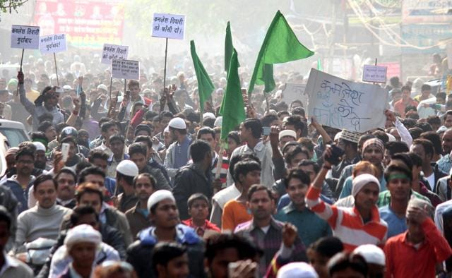Lucknow communal clashes