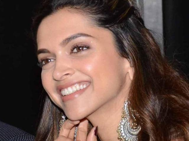 Deepika Padukone played a young woman in Piku who takes care of her ailing dad.