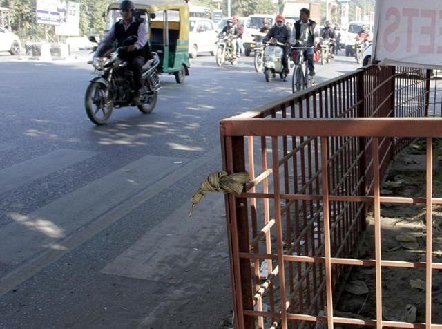 MC would remove the railings which are creating obstruction on zebra crossings.