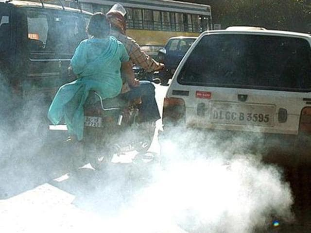 File photo of a Delhi road. Hearing a petition by car dealers on the ban on diesel cars on Tuesday, December 15, 2015, the NGT sought replies of the Centre and Delhi government.