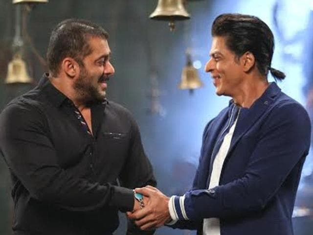 Bhai's bhai? Salman and Shah Rukh Khan will be seen together in Bigg Boss Nau this week.
