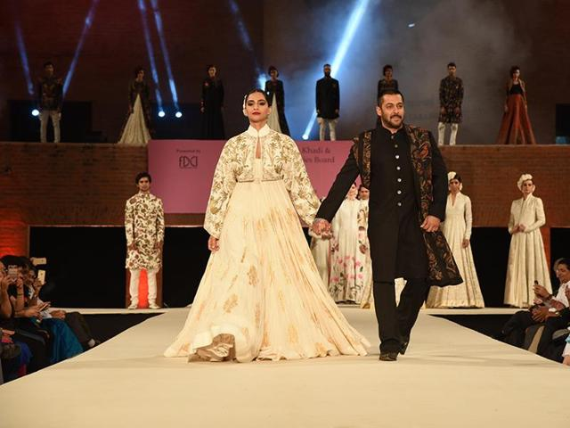Sonam Kapoor and Salman Khan walk the ramp at a fashion show based on handlooms organised by FDCI.
