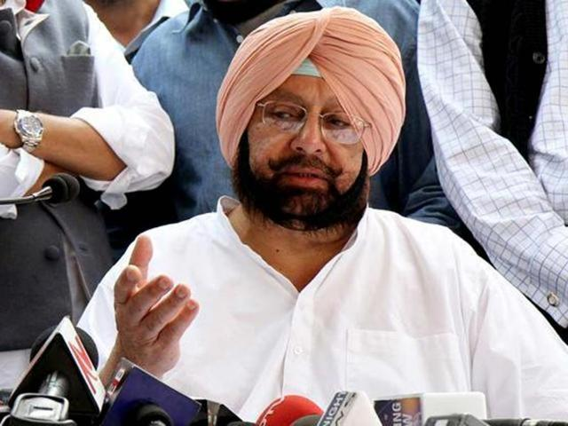Punjab Congress president Captain Amarinder Singh on Tuesday set the stage for an all-out battle in the 2017 assembly polls by making populist promises and serving a stern warning to the Badals, with all top party leaders in tow.