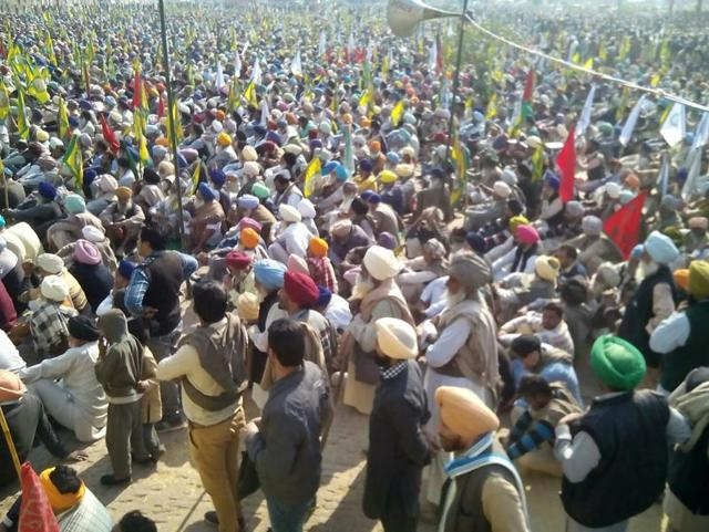 Farmer unions on Wednesday called for a three-day protest at Badal village, the ancestral place of chief minister Parkash Singh Badal in Muktsar district, from January 6.