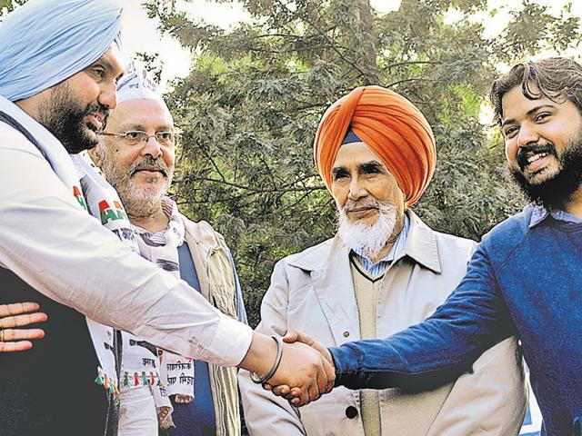 Raghuinder Singh Kairon joined AAP in Patiala on Wednesday.