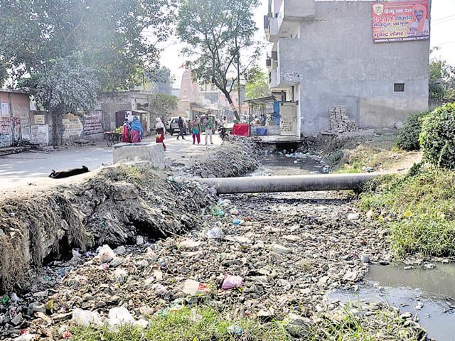 The city has nearly 407 big and small drains and the corporation spends nearly Rs. 1.25 crore per year on cleaning them.