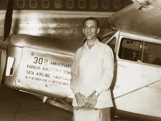 JRD Tata with the Leopard Moth he flew in 1962 and then again in 1982 to mark his historic 1932 Karachi-Mumbai airmail flight.