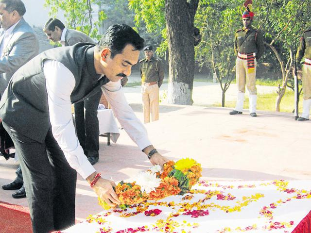 A wreath-laying ceremony was held at the war memorial in John Hall, Civil Lines, in the memory of the soldiers who laid down their lives during the Bangladesh Liberation War in 1971.