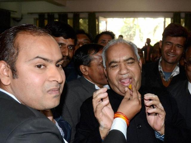 Lucknow: Justice VK Singh is offered sweets after he was appointed as the new Lokayukta of Uttar Pradesh