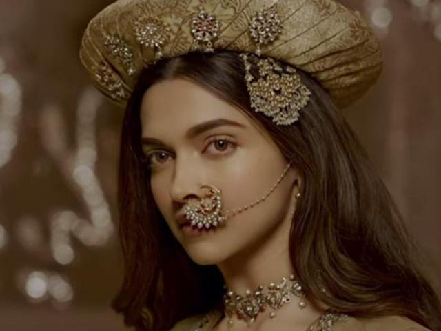 Bajirao Mastani review: Deepika overpowers Ranveer and Priyanka
