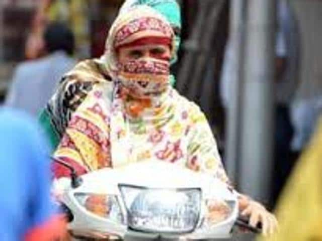 Police commissioner Paramraj Singh Umranangal had banned covering face while driving around two months ago. The order had drawn flak from the city residents.