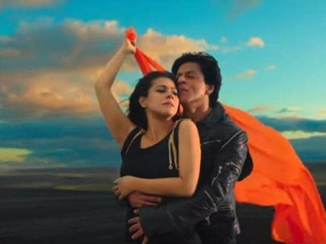 Dilwale collected Rs 41 cr, while Bajirao Mastani grossed Rs 28 cr in two days. (YouTube)