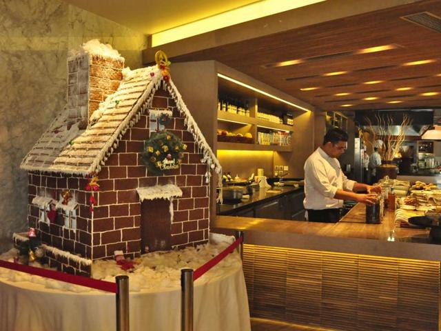 Malls, markets, hotels, restaurants and workplaces are decorated with authentic Christmas decorations