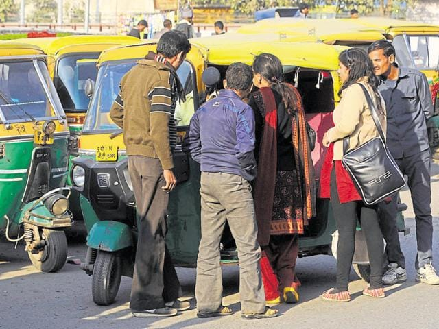 With a fleet of over 1,500 autorickshaws, the company claims to provide the service at a tariff lower than any city in the NCR.(HT File Photo)