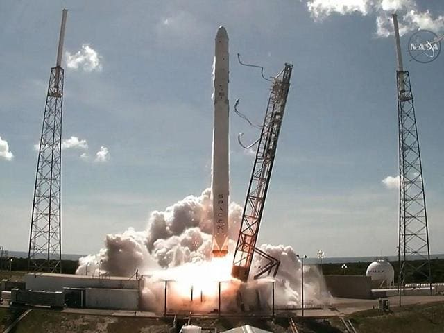 SpaceX,Elon Musk,Private space exploration