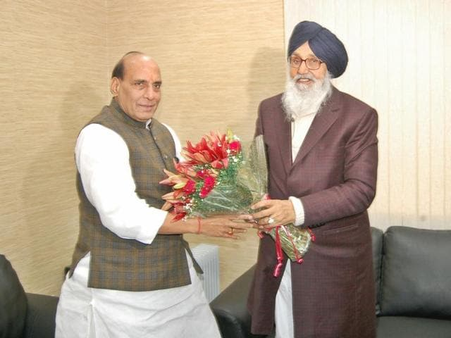 Punjab chief minister Parkash Singh Badal meets Union finance minister Arun Jaitley in New Delhi on Monday.