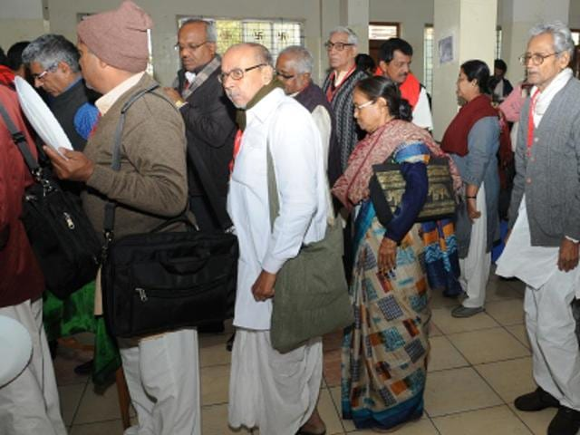 Panchali Bhattacharya (in saree) at Digambar Jain Bhawan in Ranchi on Friday.(Diwakar Prasad/HT photo)