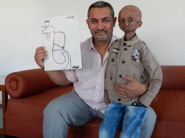 Aamir Khan met Nihal Bitla who is suffering from progeria. (Facebook)