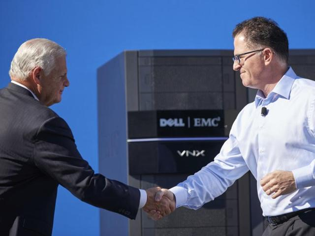 Companies have reached agreements worth more than $4.7 trillion in 2015, crossing the record figure of 2007. In one of the agreements, Computer-maker Dell Inc struck a deal to buy data storage company EMC Corp for $67 billion, setting a record in the technology industry.