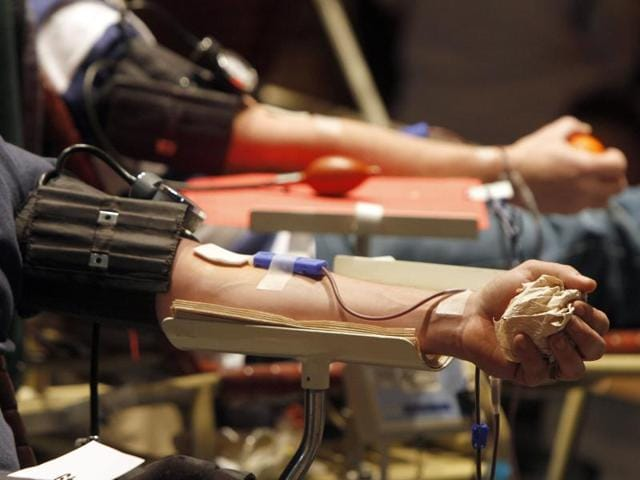 US Food and Drug Administration (FDA),Blood donations by gay men,AIDS epidemic