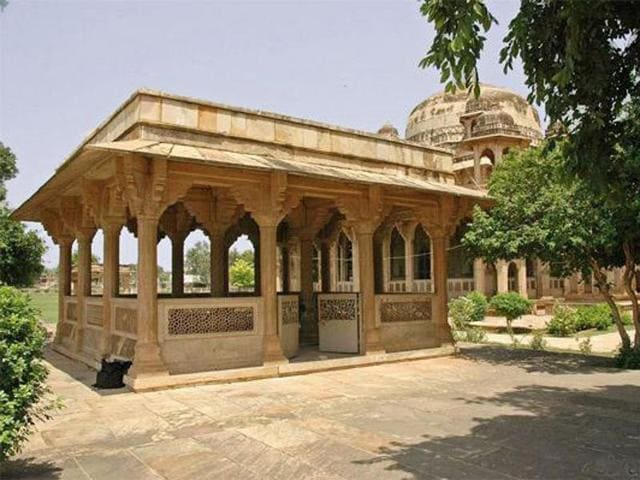 Tomb of Tansen in Gwalior district.